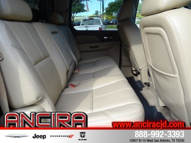 2011 Silverado 3500 Crew Cab 4x4,  Pickup #J460801A - photo 31