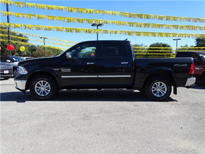 2018 Ram 1500 Crew Cab, Pickup #R105678 - photo 3