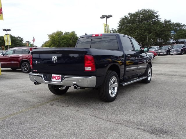 2018 Ram 1500 Crew Cab Pickup #R119568 - photo 7