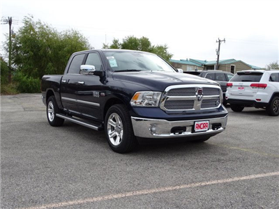 2018 Ram 1500 Crew Cab Pickup #R119568 - photo 5