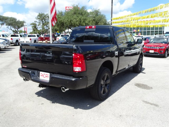 2018 Ram 1500 Crew Cab 4x4 Pickup #R125937 - photo 7