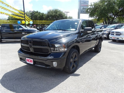 2018 Ram 1500 Crew Cab 4x4 Pickup #R125937 - photo 1