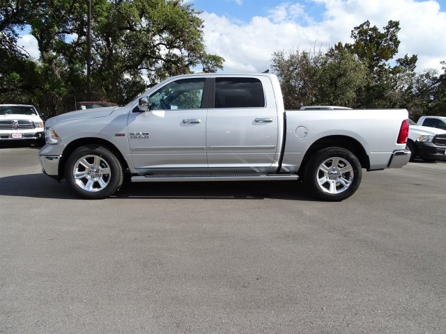 2018 Ram 1500 Crew Cab, Pickup #R127257 - photo 3