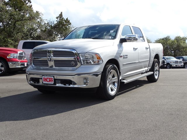 2018 Ram 1500 Crew Cab, Pickup #R127257 - photo 1