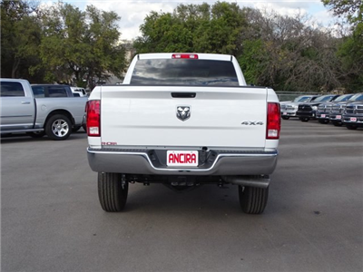 2018 Ram 2500 Crew Cab 4x4, Pickup #R206623 - photo 8