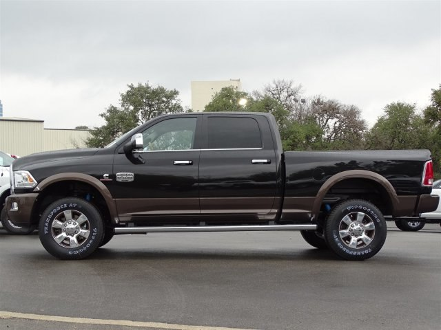 2018 Ram 2500 Crew Cab 4x4, Pickup #R224131 - photo 3