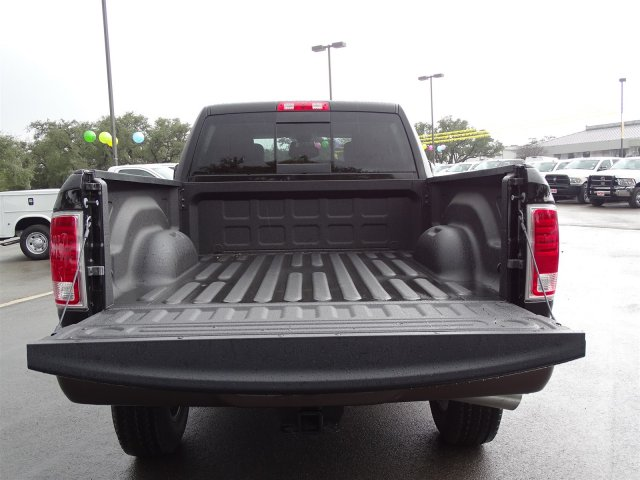 2018 Ram 2500 Crew Cab 4x4, Pickup #R224131 - photo 24