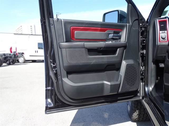 2018 Ram 1500 Crew Cab 4x4, Pickup #R234827 - photo 11