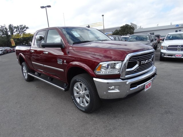 2017 Ram 2500 Crew Cab 4x4, Pickup #R612223 - photo 4