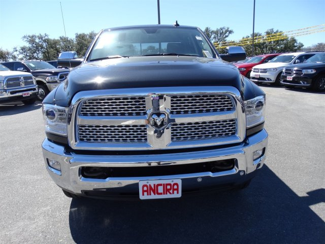 2017 Ram 2500 Crew Cab 4x4, Pickup #R612227 - photo 3