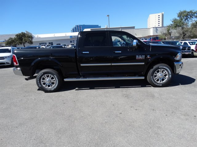 2017 Ram 2500 Crew Cab 4x4, Pickup #R612227 - photo 5