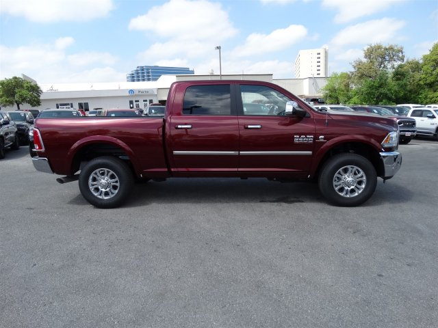 2017 Ram 2500 Crew Cab 4x4, Pickup #R648597 - photo 5