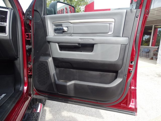 2017 Ram 1500 Crew Cab Pickup #R687266A - photo 29