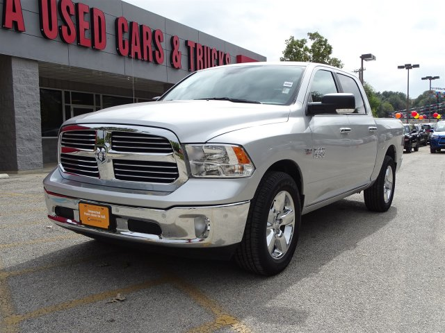 2017 Ram 1500 Crew Cab Pickup #R700912A - photo 4