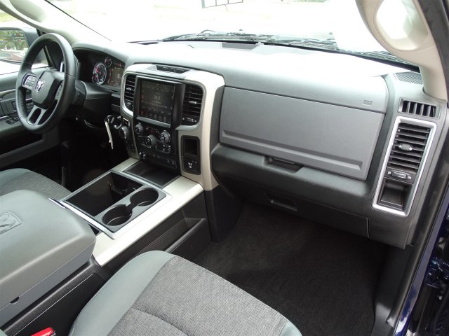 2015 Ram 1500 Crew Cab 4x4 Pickup #R733803A - photo 27