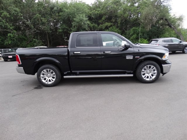 2017 Ram 1500 Crew Cab Pickup #R769284 - photo 5
