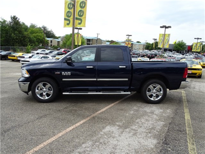 2017 Ram 1500 Crew Cab Pickup #R790059 - photo 3