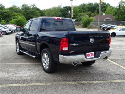 2017 Ram 1500 Crew Cab Pickup #R790059 - photo 2