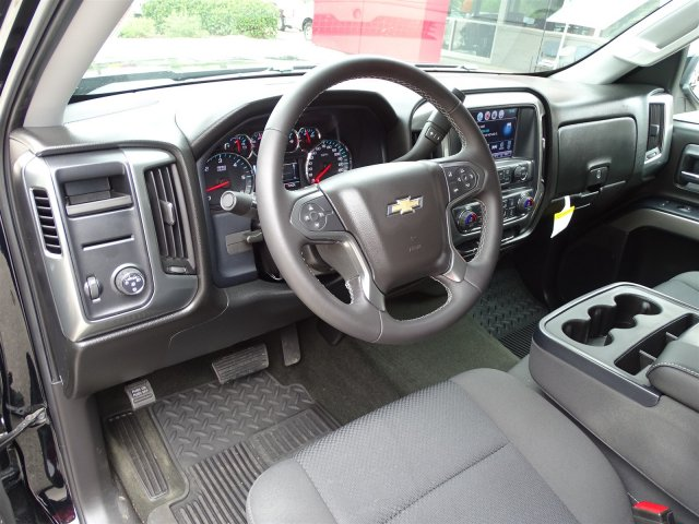 2017 Silverado 1500 Crew Cab Pickup #R825472A - photo 10
