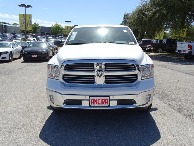 2017 Ram 1500 Crew Cab Pickup #R836153 - photo 4