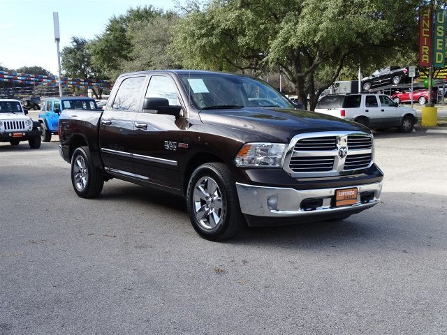 2016 Ram 1500 Crew Cab 4x4, Pickup #R873505A - photo 5