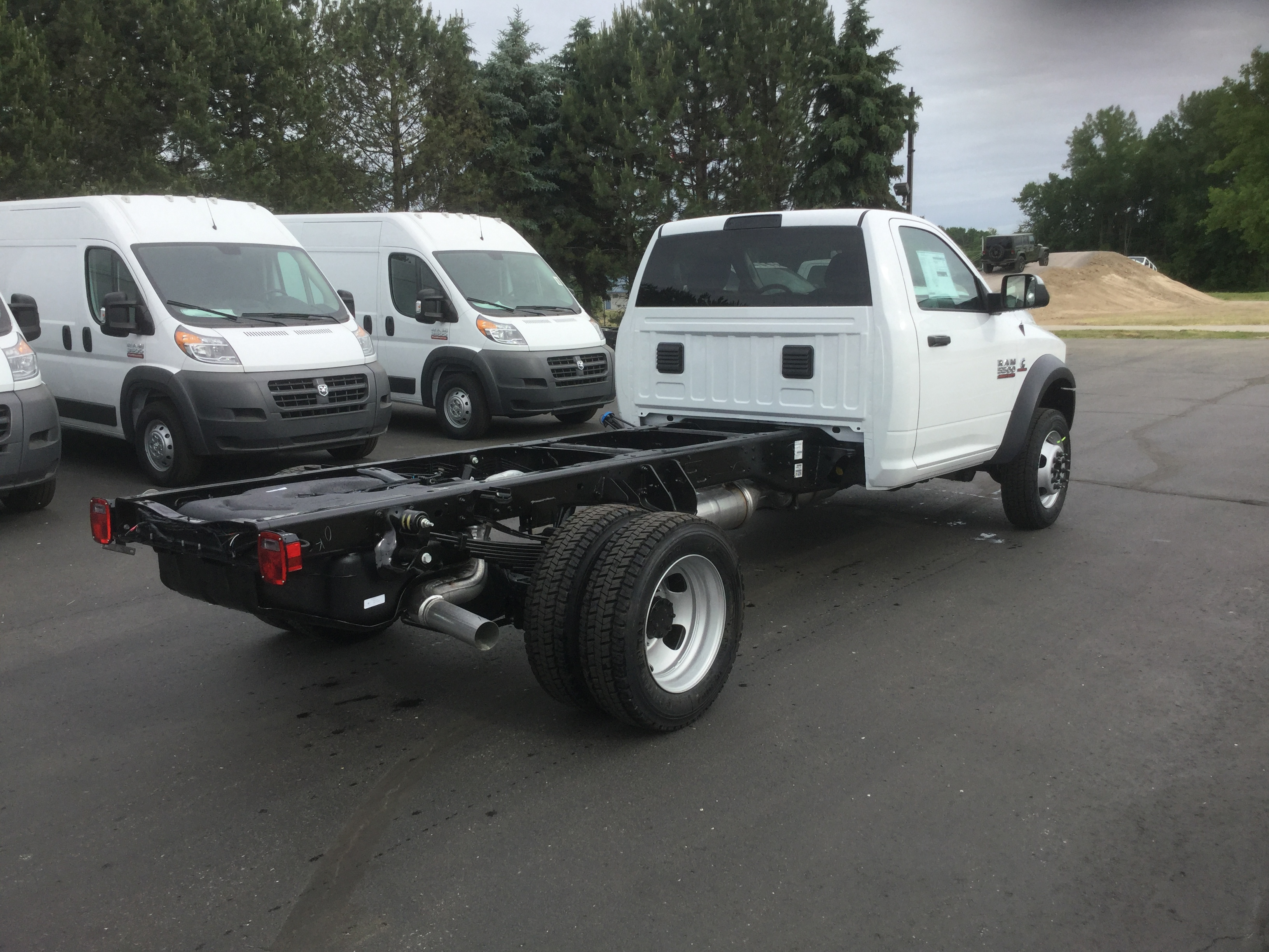 2016 Ram 5500 Regular Cab DRW 4x4, Cab Chassis #16713 - photo 4