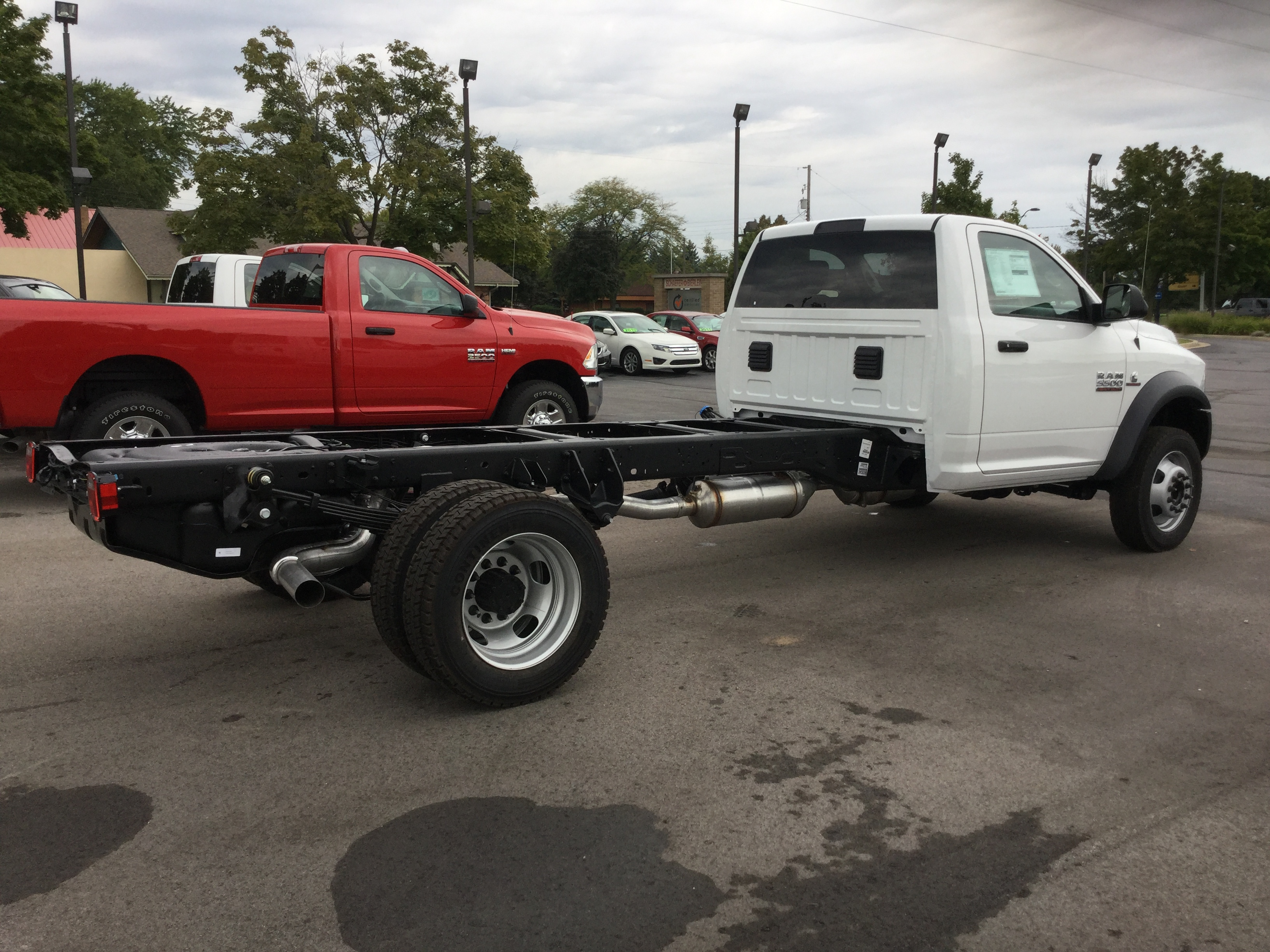 2016 Ram 5500 Regular Cab DRW 4x4, Cab Chassis #16893 - photo 4