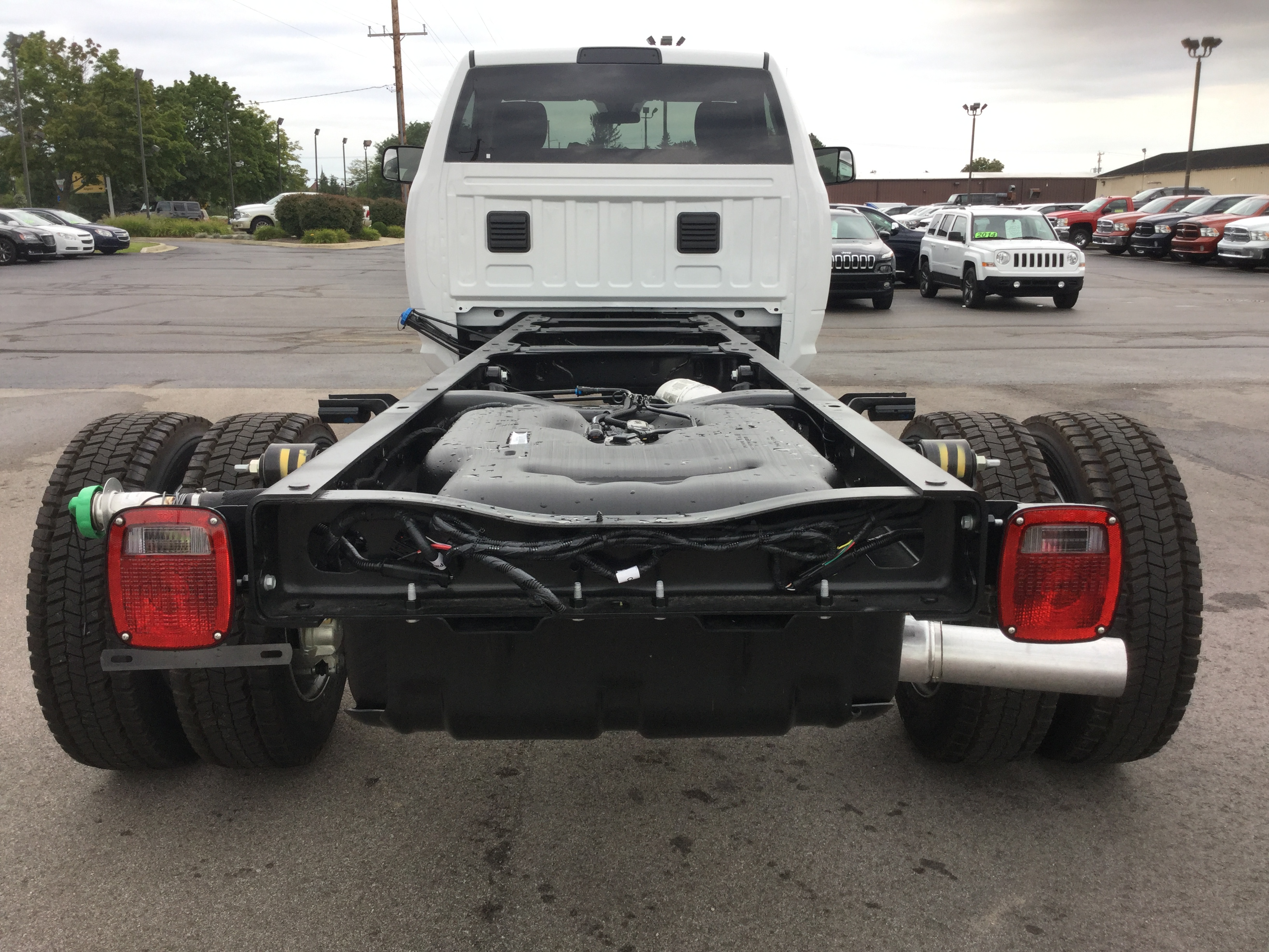 2016 Ram 5500 Regular Cab DRW 4x4, Cab Chassis #16893 - photo 6