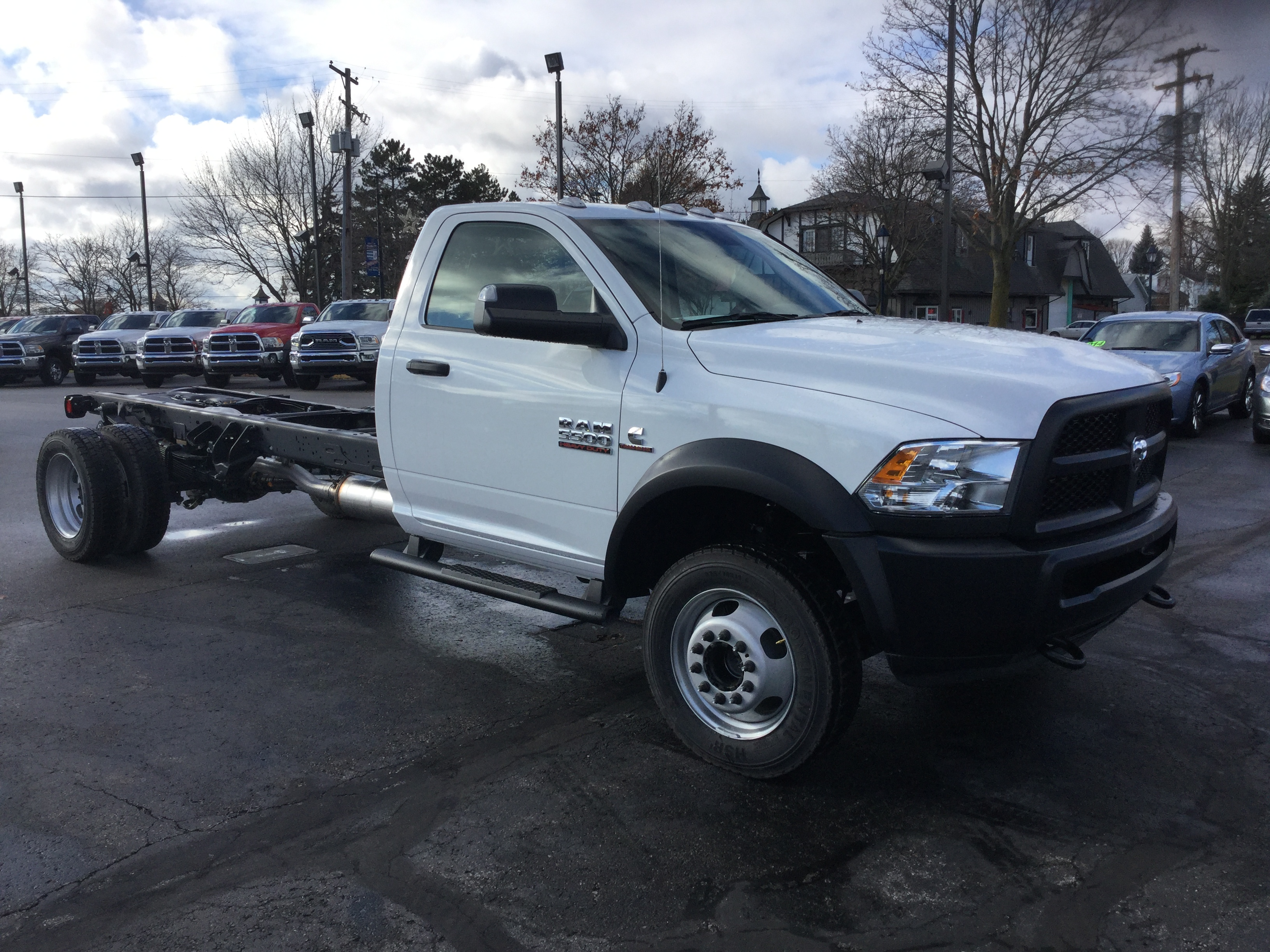 2017 Ram 5500 Regular Cab DRW 4x4, Cab Chassis #17162 - photo 4