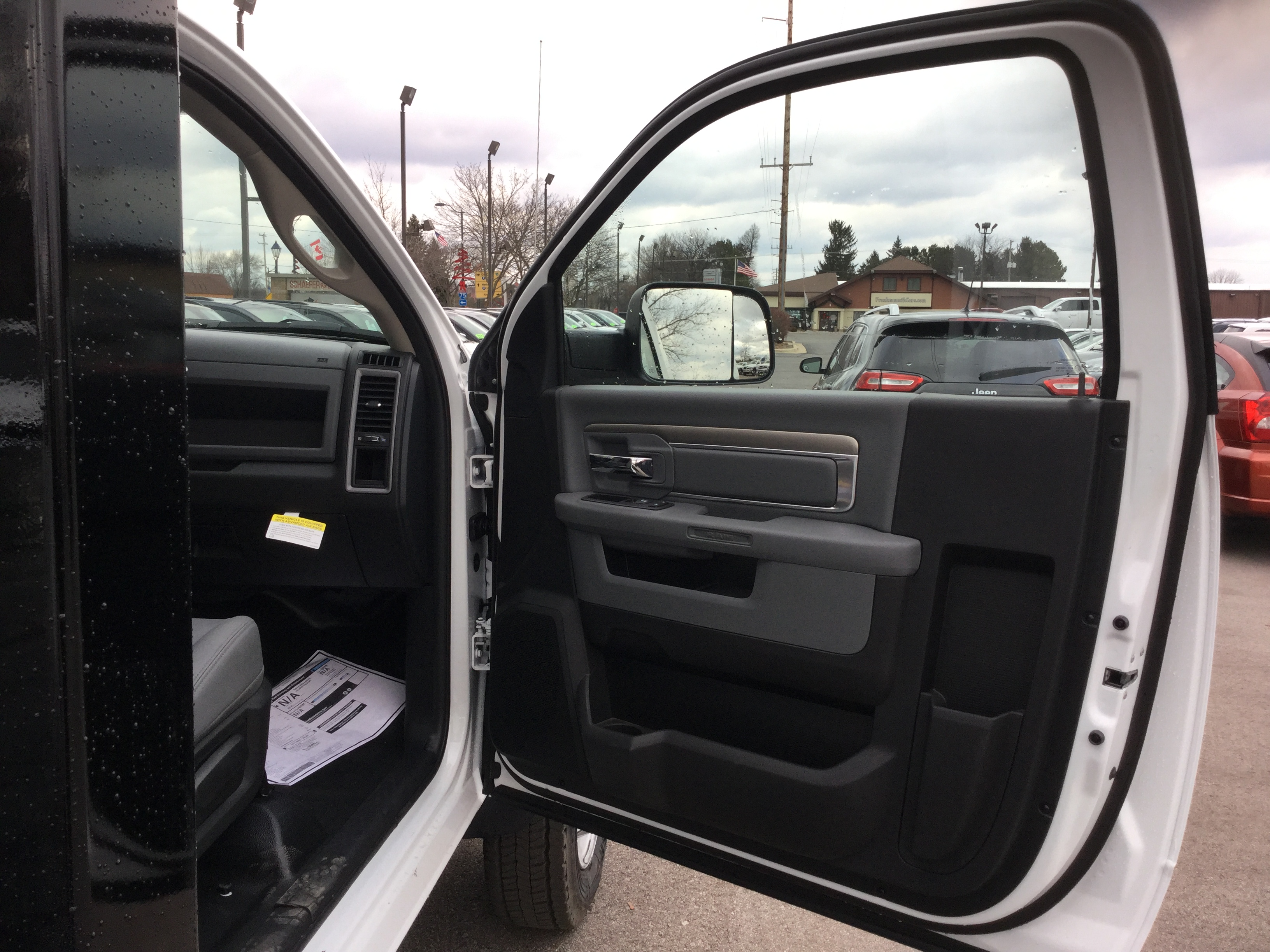 2017 Ram 5500 Regular Cab DRW 4x4, Knapheide Platform Body #17235 - photo 10