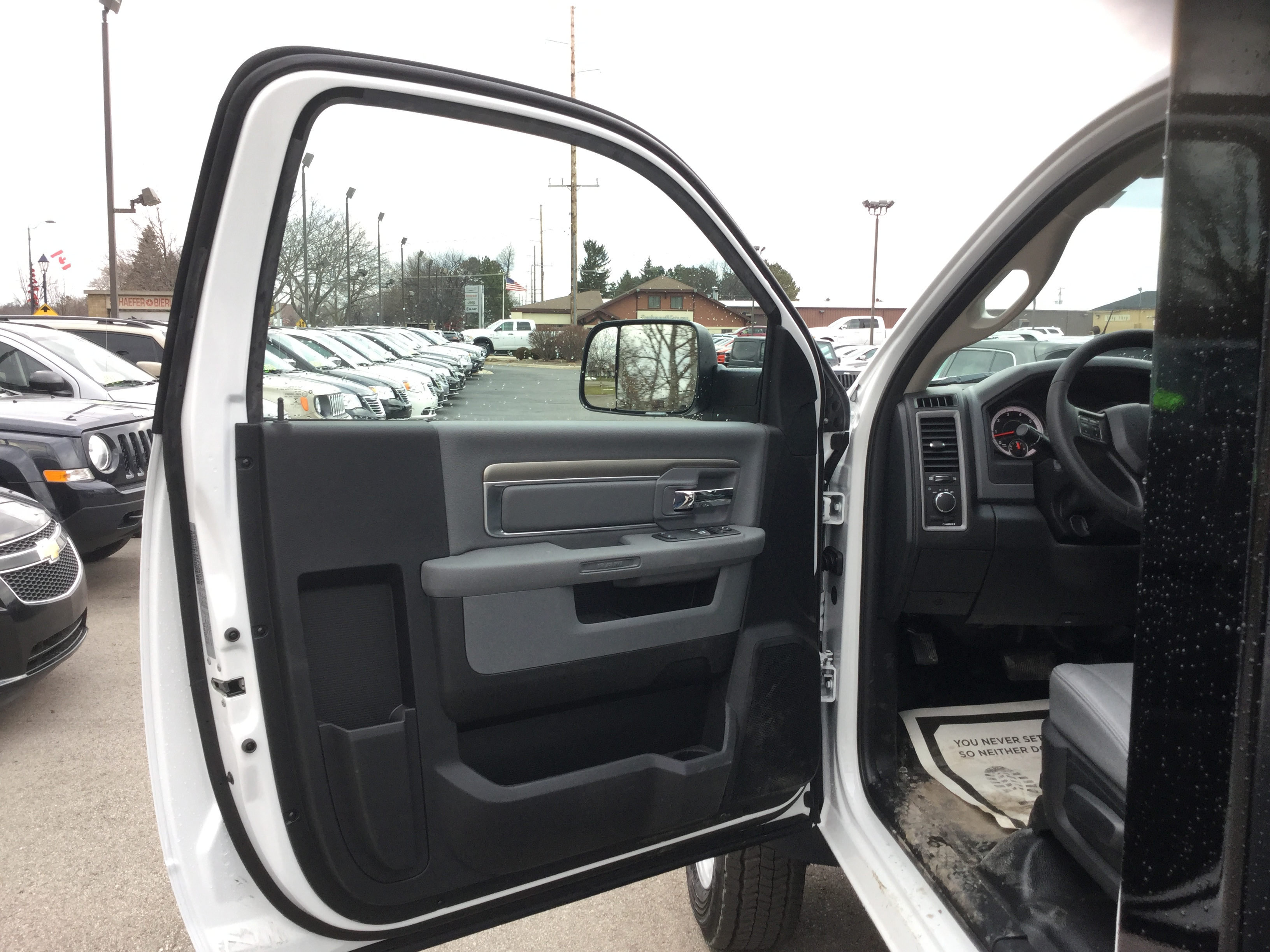 2017 Ram 5500 Regular Cab DRW 4x4, Knapheide Platform Body #17235 - photo 8