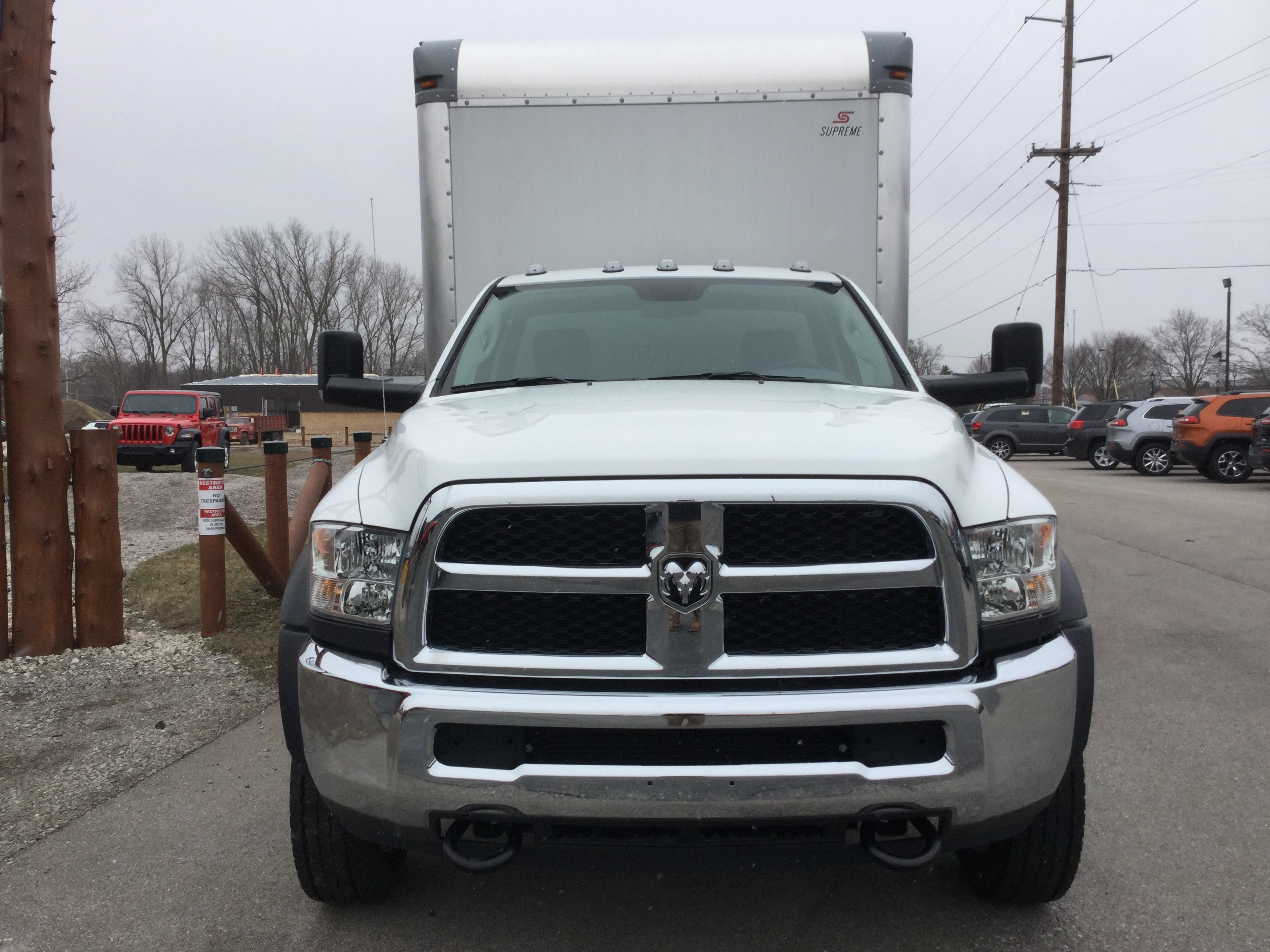 2017 Ram 5500 Regular Cab DRW, Supreme Dry Freight #17335 - photo 4