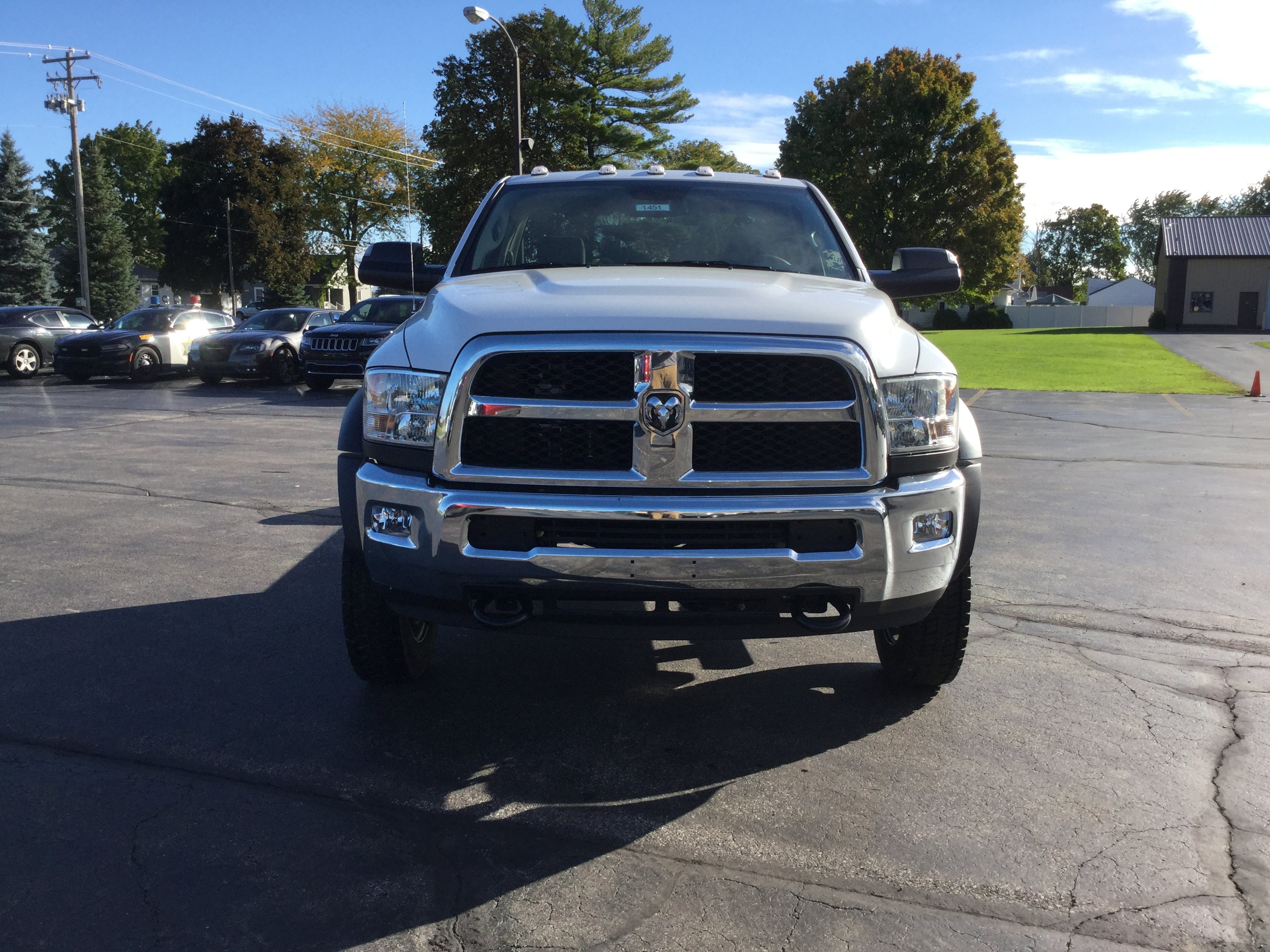 2018 Ram 5500 Regular Cab DRW 4x4,  Cab Chassis #181167 - photo 3