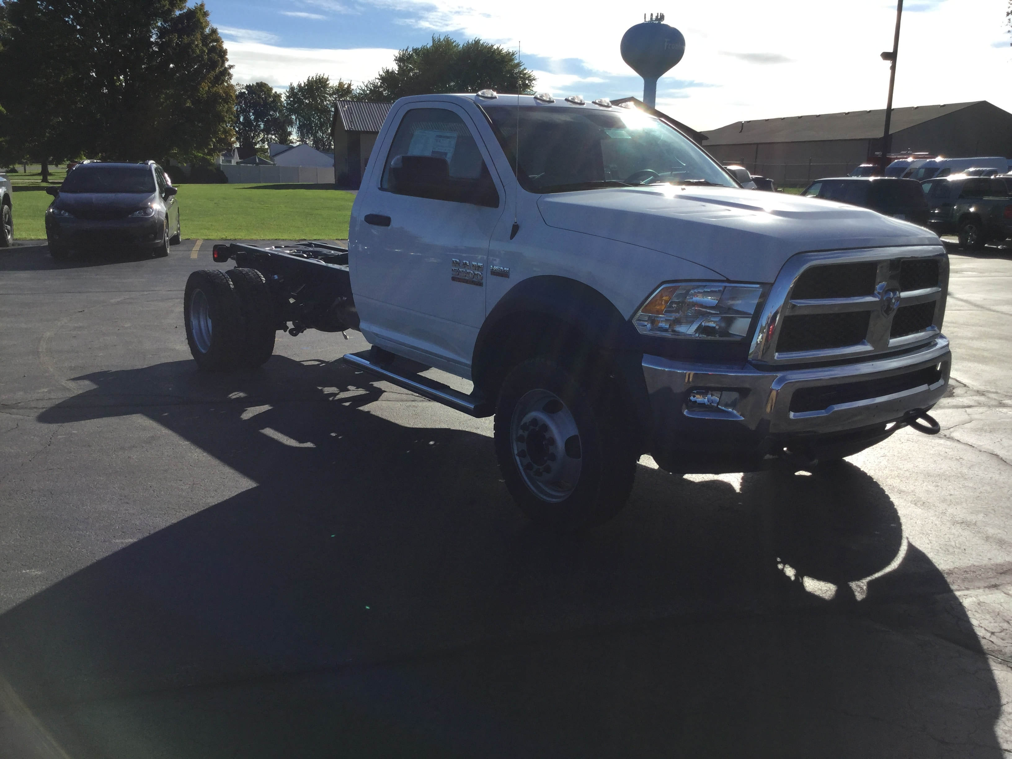 2018 Ram 5500 Regular Cab DRW 4x4,  Cab Chassis #181167 - photo 4