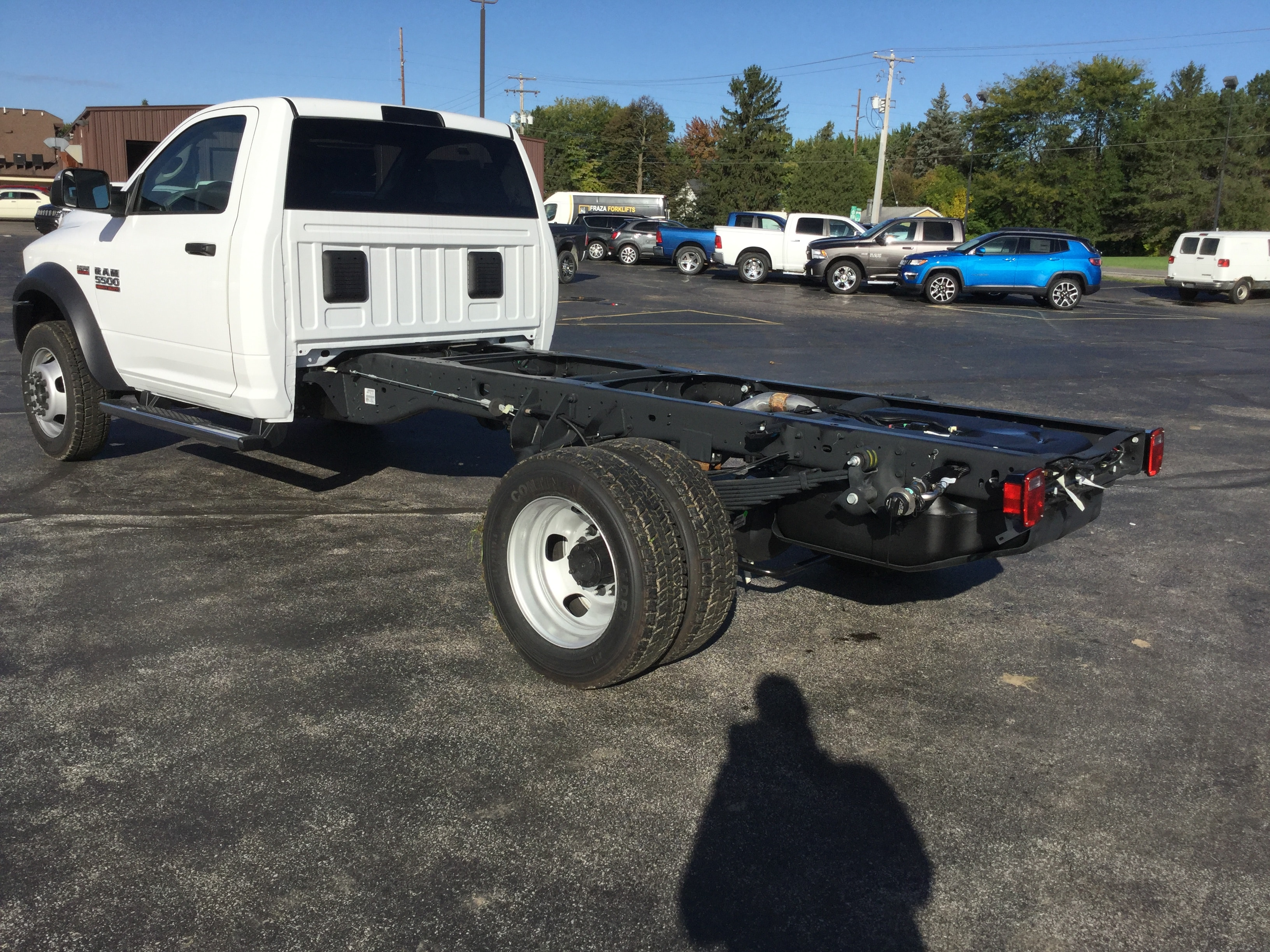 2018 Ram 5500 Regular Cab DRW 4x4,  Cab Chassis #181167 - photo 2