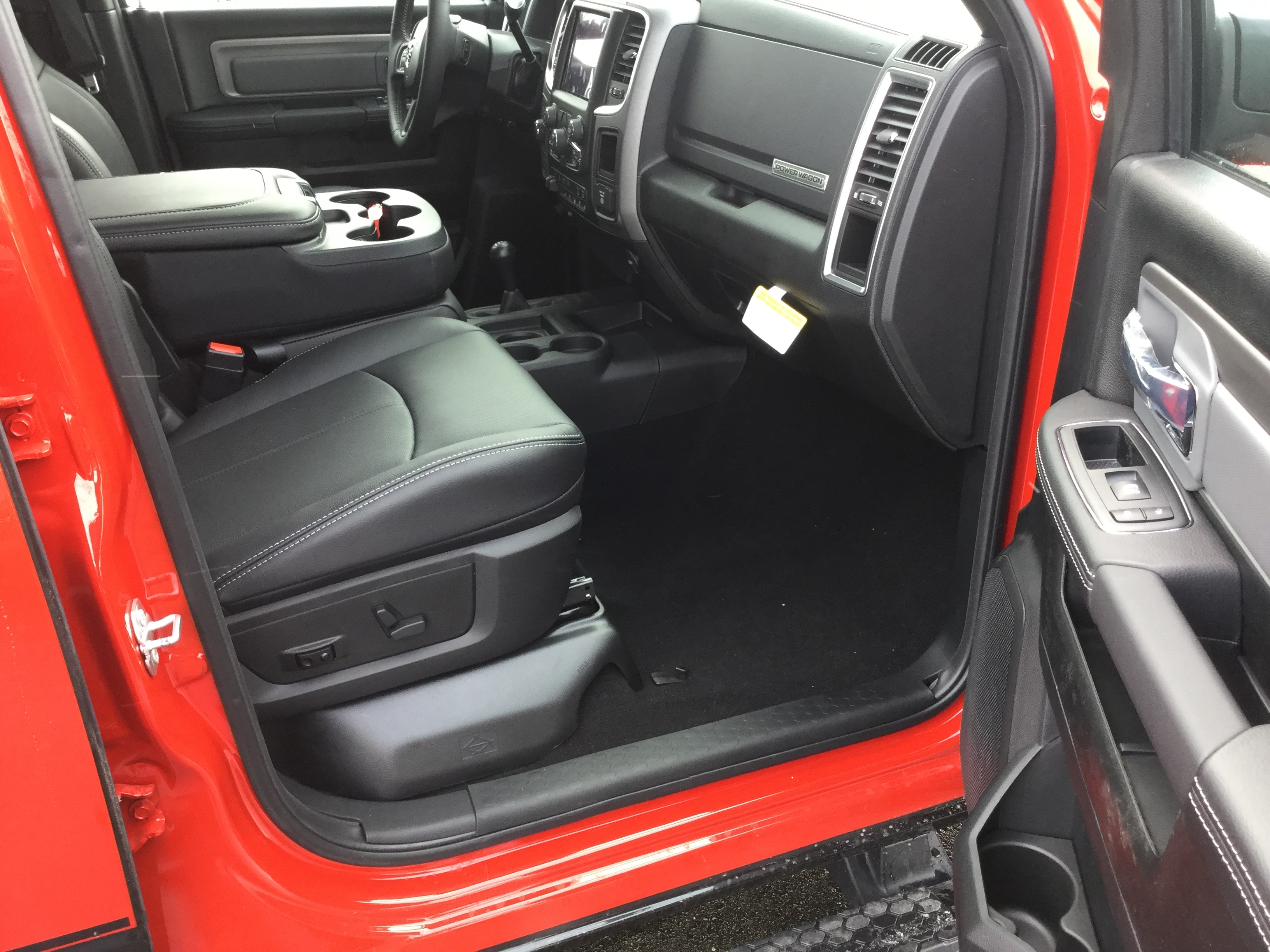2018 Ram 2500 Crew Cab 4x4,  Pickup #18440 - photo 8