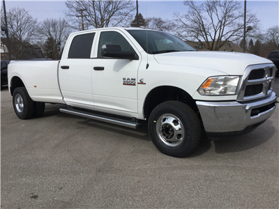2018 Ram 3500 Crew Cab DRW 4x4,  Pickup #18506 - photo 4