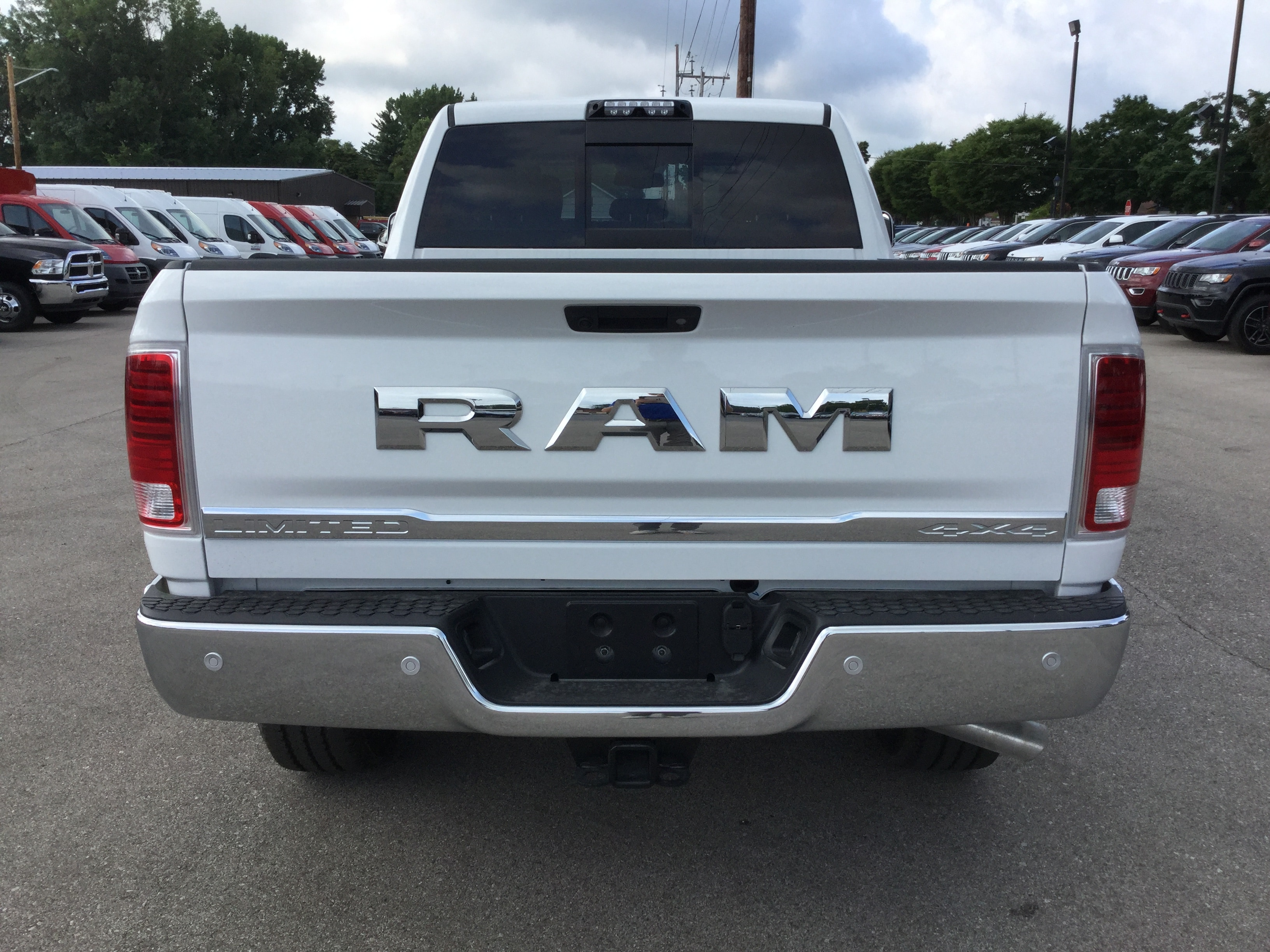 2018 Ram 2500 Crew Cab 4x4,  Pickup #18910 - photo 2