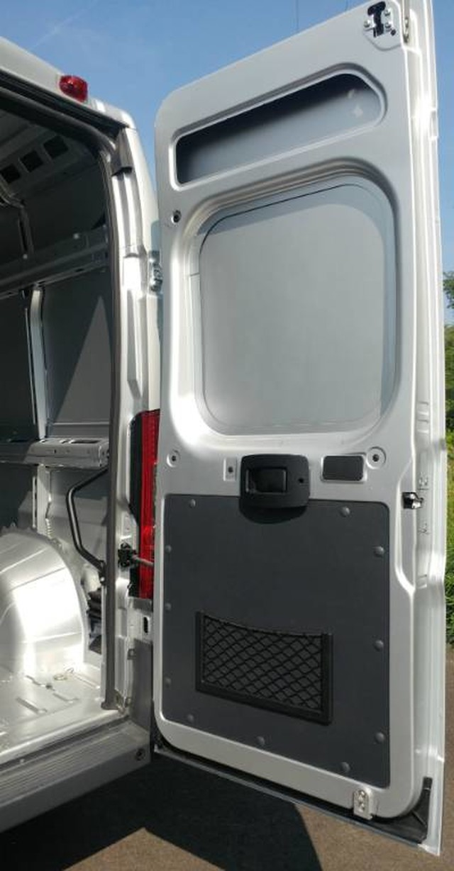 2018 ProMaster 2500 High Roof FWD,  Empty Cargo Van #R11300 - photo 10