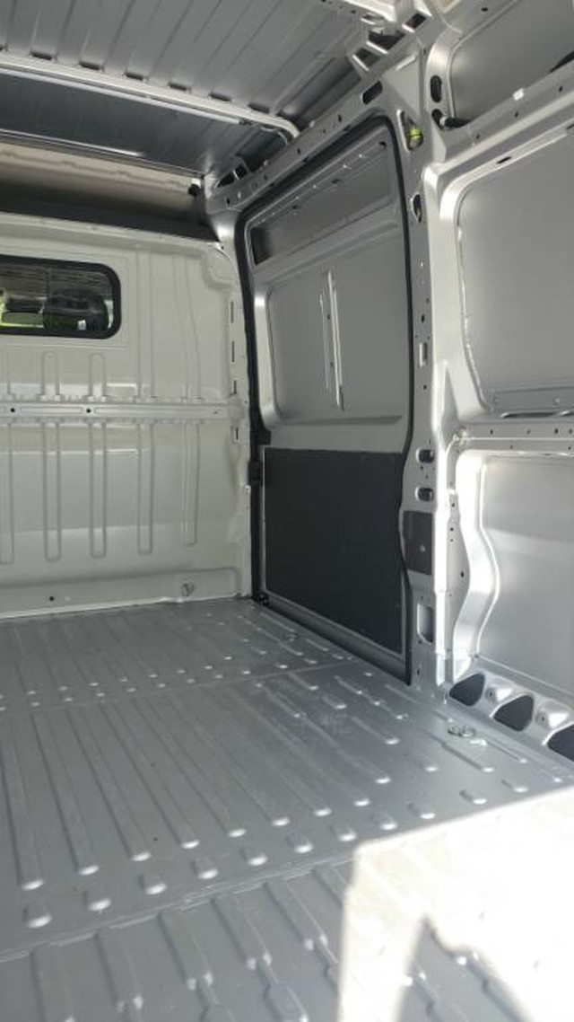 2018 ProMaster 2500 High Roof FWD,  Empty Cargo Van #R11300 - photo 11