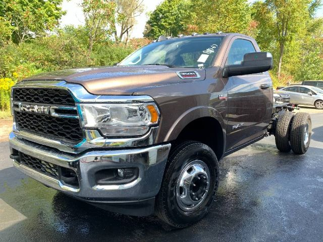 2020 Ram 3500 Regular Cab DRW 4x4, Cab Chassis #R12441 - photo 1