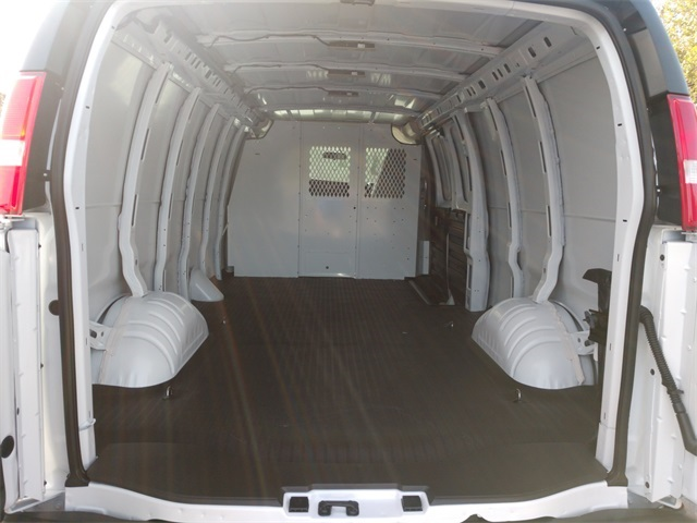 2020 GMC Savana 2500 4x2, Empty Cargo Van #GL257132 - photo 16