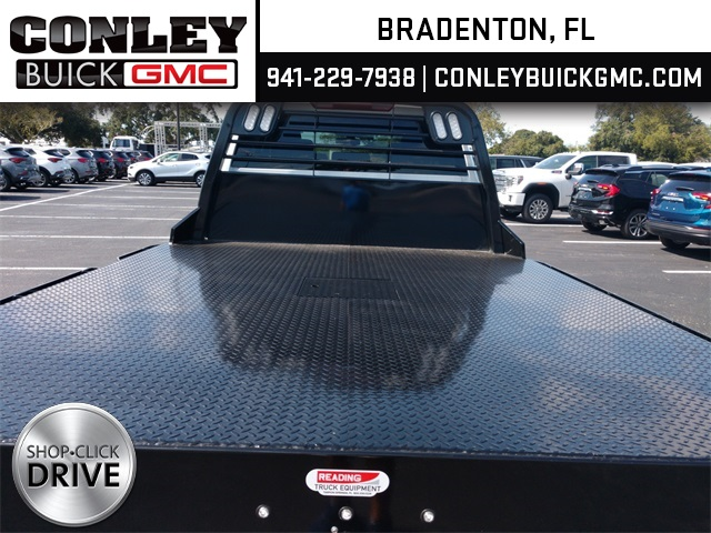 2020 GMC Sierra 3500 Crew Cab 4x2, CM Truck Beds RD Model Platform Body #GL276209 - photo 2