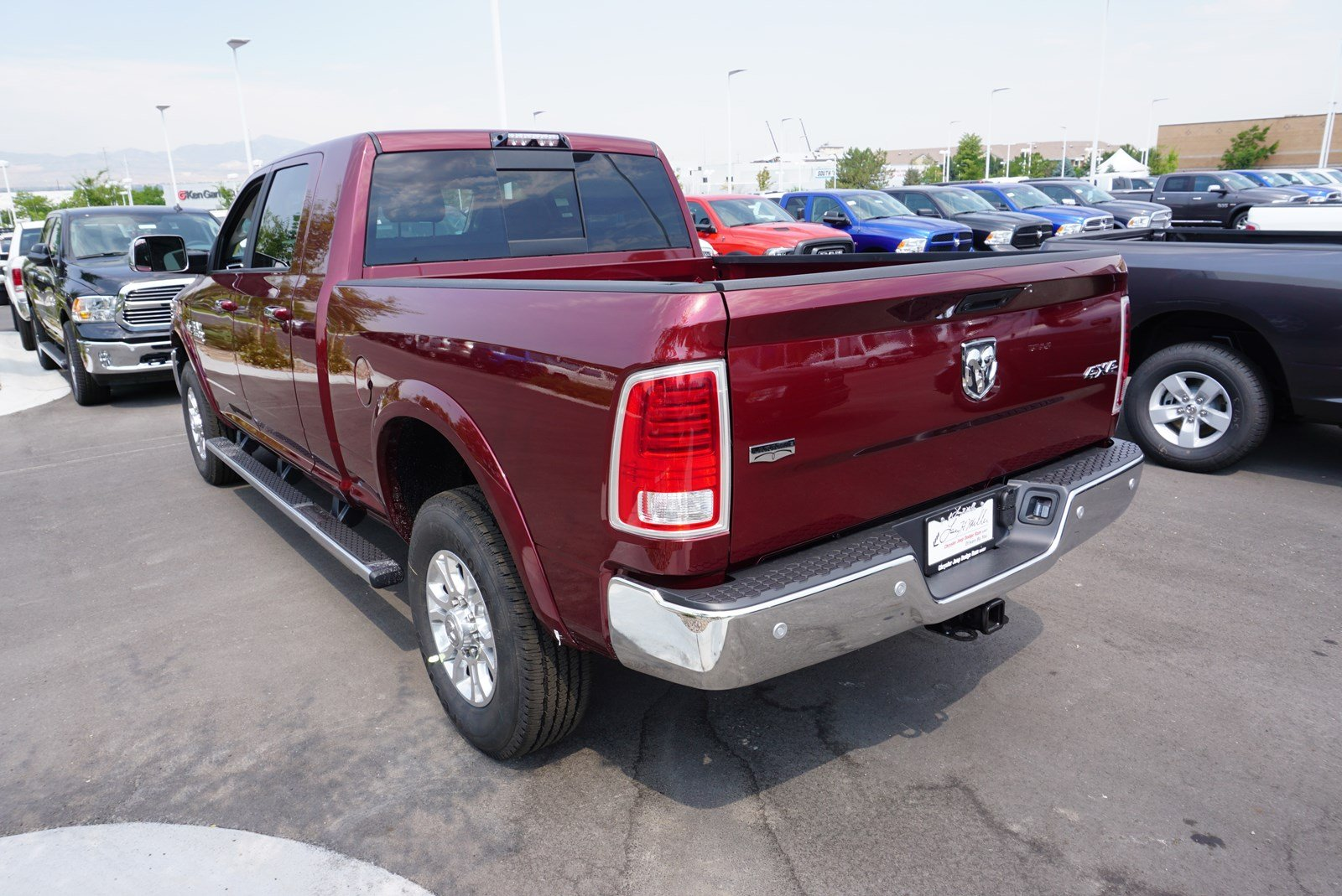 2017 Ram 3500 Mega Cab 4x4 Pickup #38197 - photo 6