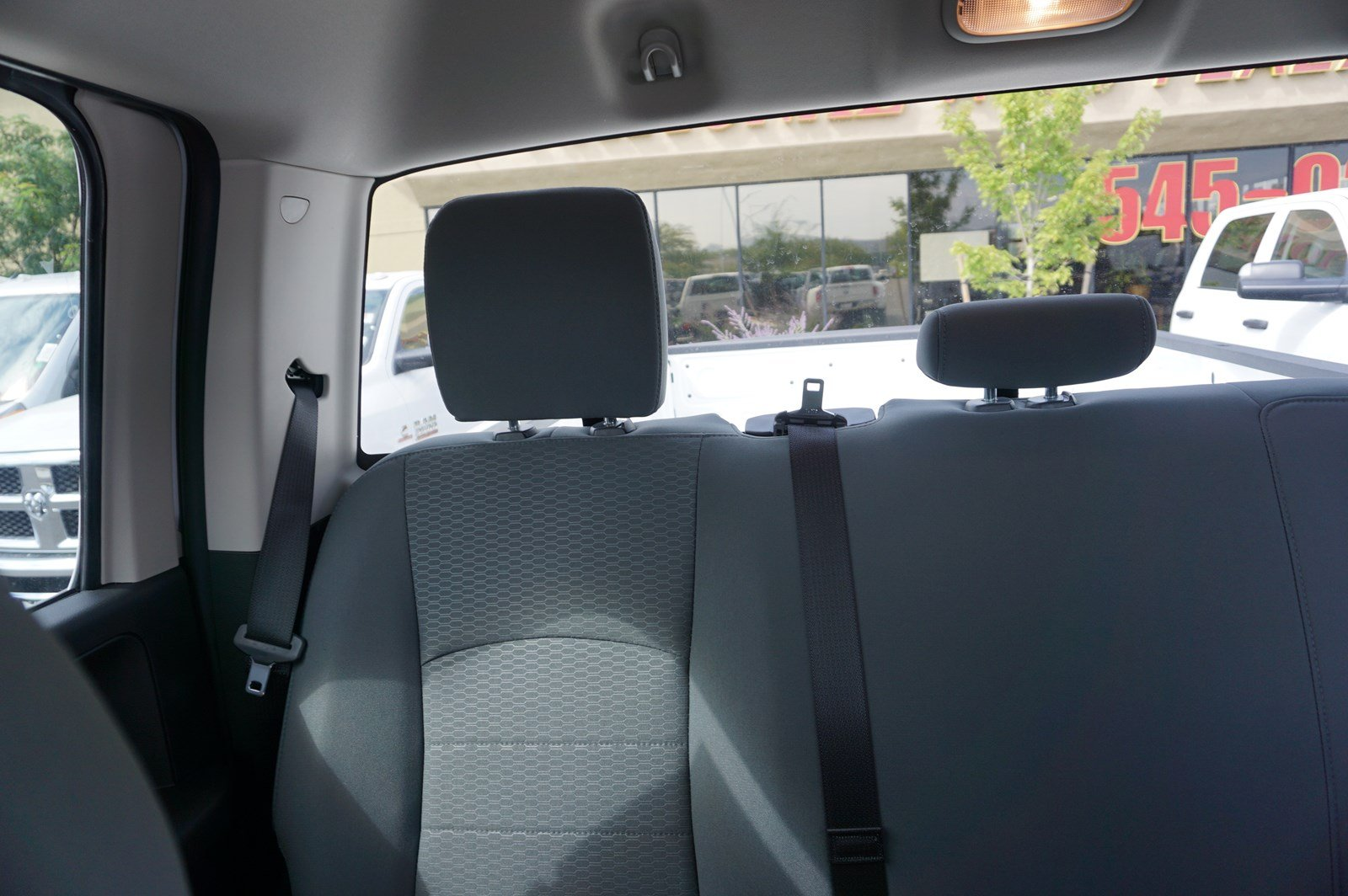 2017 Ram 3500 Crew Cab DRW 4x4 Pickup #38246 - photo 10