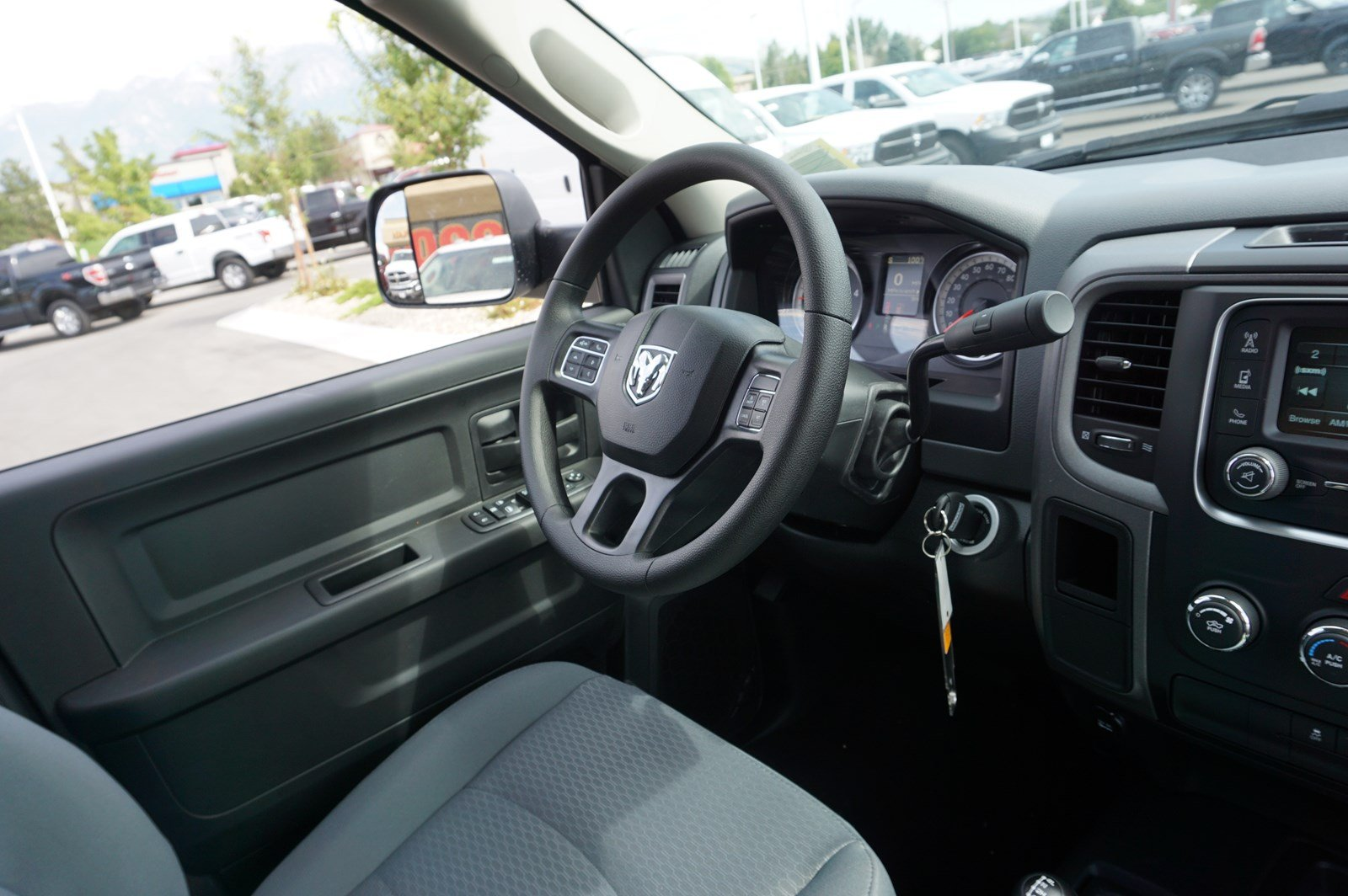 2017 Ram 3500 Crew Cab DRW 4x4 Pickup #38246 - photo 13