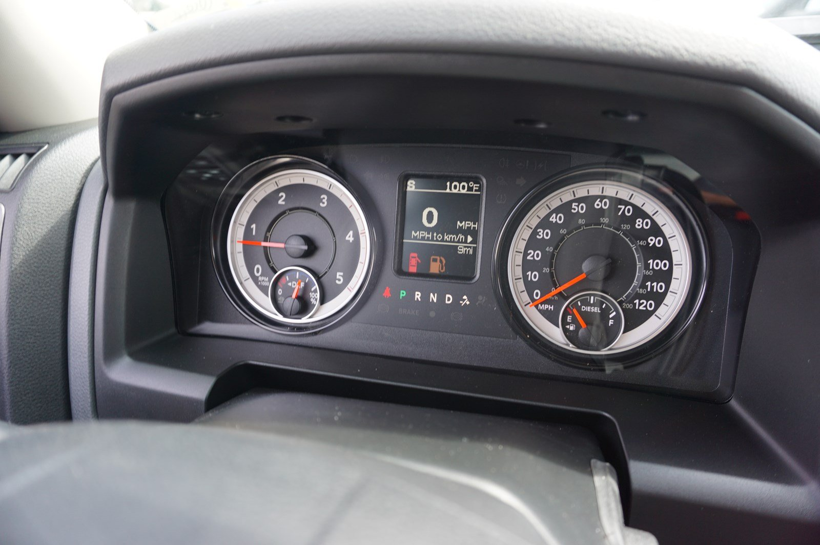 2017 Ram 3500 Crew Cab DRW 4x4 Pickup #38246 - photo 18