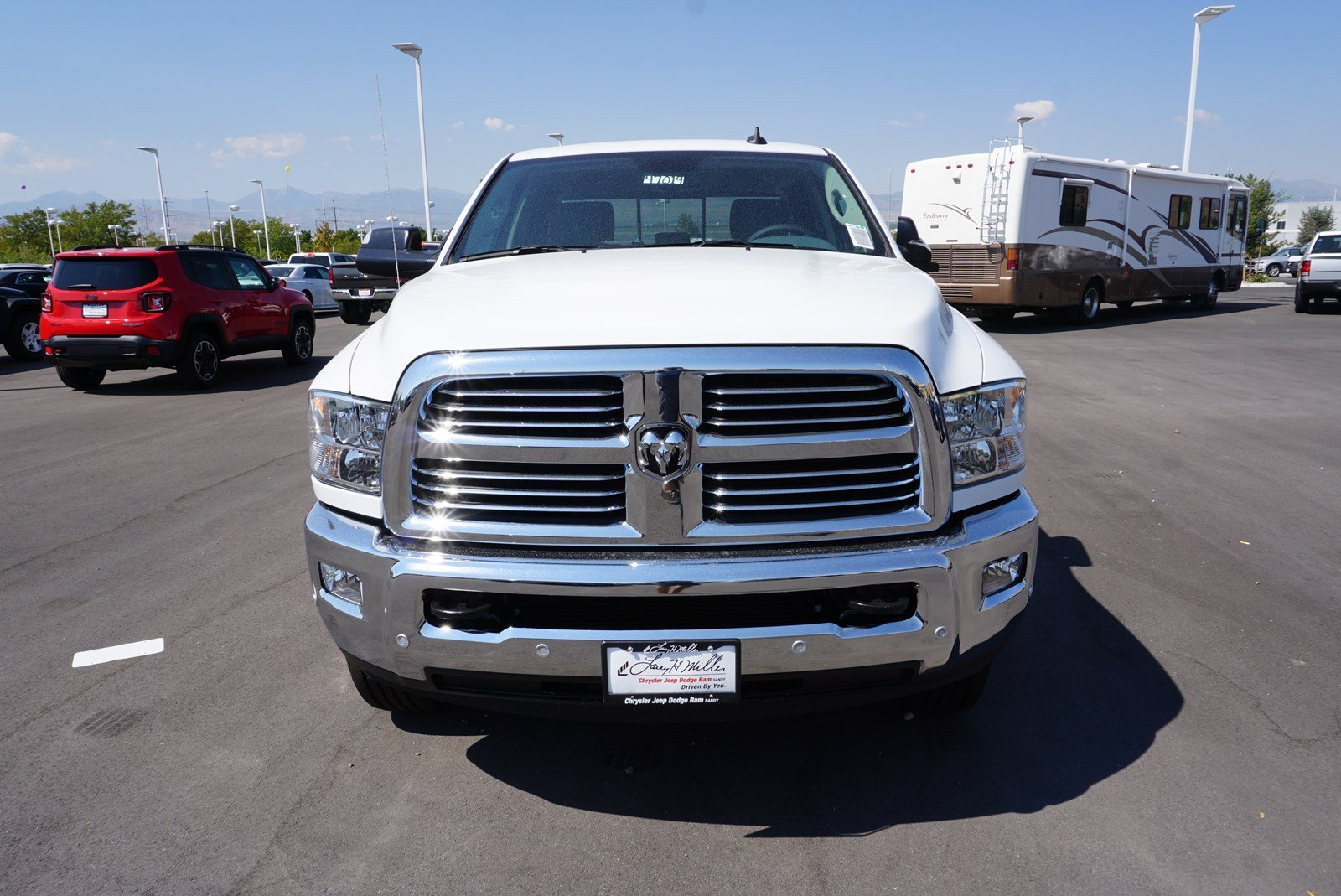 2018 Ram 3500 Crew Cab 4x4, Pickup #47019 - photo 3