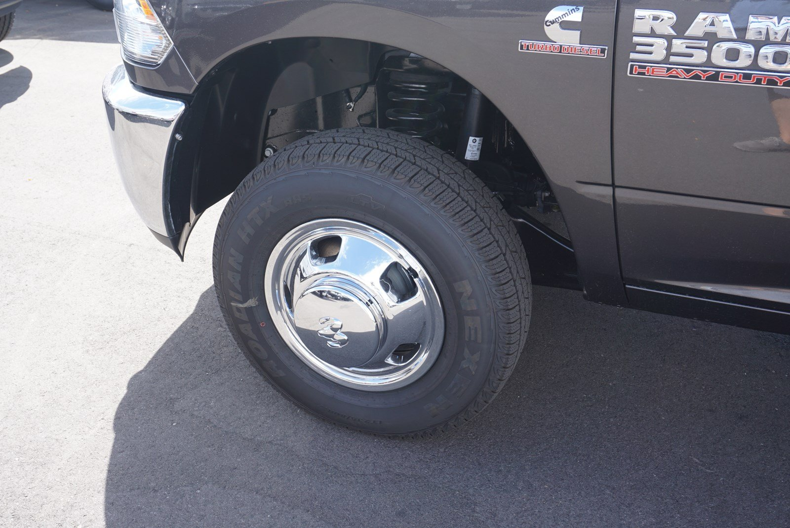 2018 Ram 3500 Crew Cab DRW 4x4 Pickup #47036 - photo 18