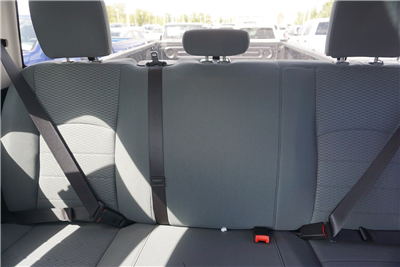 2018 Ram 3500 Crew Cab DRW 4x4 Pickup #47036 - photo 13